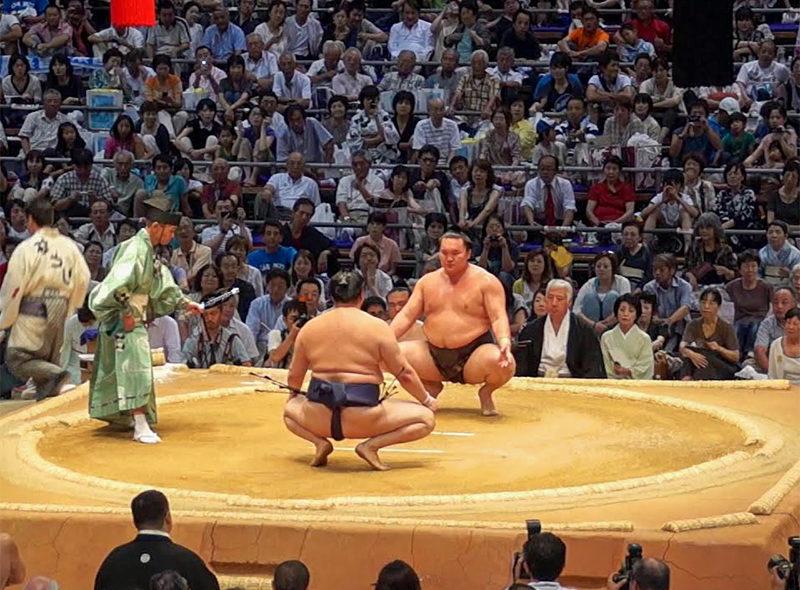 Ce qu'il faut savoir sur le combat de sumo